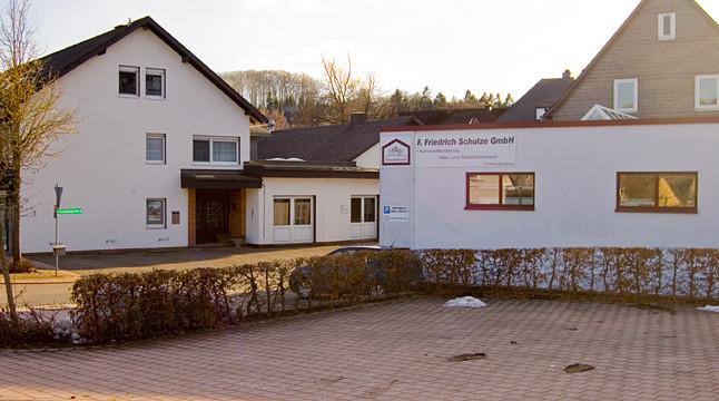 Willkommen bei der Schreinerei Schulze Usseln Wir sind Ihr kompetenter Ansprechpartner in Sachen Fensterbau, Möbelschreinerei und Innenausbau.